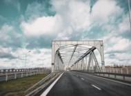 vlasti_kemerova_gotovyat_teo_na_stroitelstvo_mosta_cherez_reku_tom_dorogi_rossii